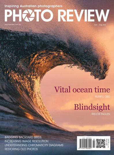 Photo Review Australia magazine cover