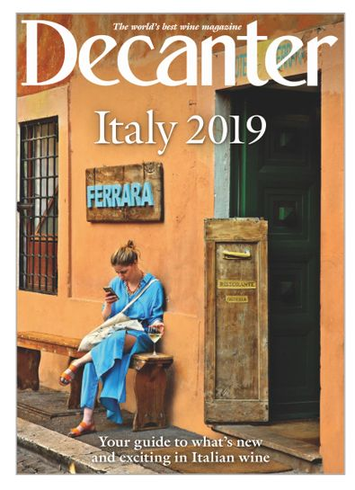 Decanter Italy digital cover