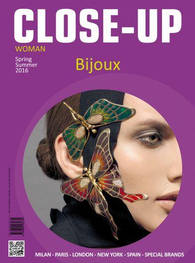 Close-Up Bijoux Women digital cover